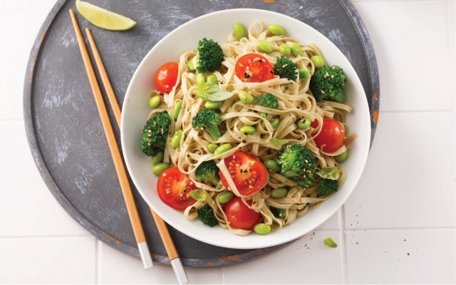 Salad with Asian vegetables and green tea noodles