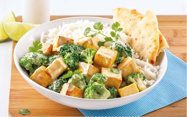 Brocoli curry with coconut milk