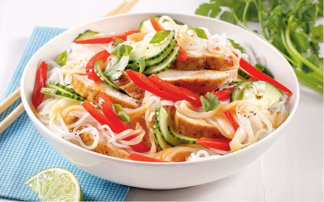 Colourful chicken vermicelli salad