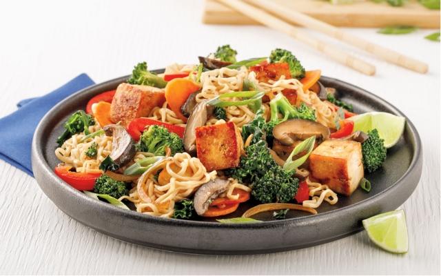 Sauté de nouilles ramen au tofu