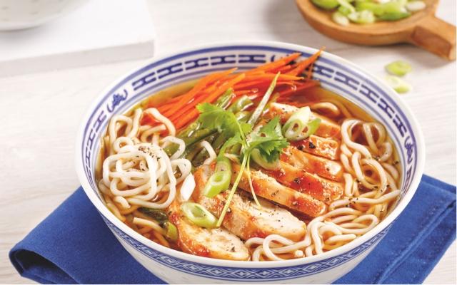 Soupe ramen au poulet épicé
